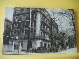 L2 9517 CPA - 03 VICHY. GRAND HOTEL DE PLAISANCE, BELLECOUR ET BEAU RIVAGE. (ANNEXES HOPITAL MILITAIRE N° 52) - Vichy