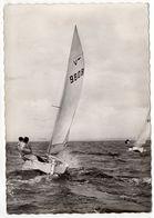 Sports Nautiques--VOILE --1963--bateau Vaurien En Régates.( Animée) ....cachet Concarneau-29.....à Saisir - Voile