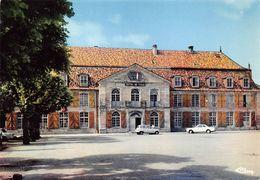 Vauvillers Château De Clermont-Tonnerre Mairie Voitures Renault 4L - Sonstige Gemeinden
