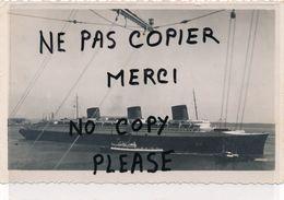 PHOTO Pris Du GEORGES LEYGUES Bateau Croiseur Cuirassé Escortant Le Paquebot NORMANDIE à L'entrée Du Port De New York - Bateaux