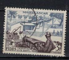 MADAGASCAR           N°  YVERT    327   ( 5 )            OBLITERE       ( OB  6 / 47 ) - Madagascar (1889-1960)