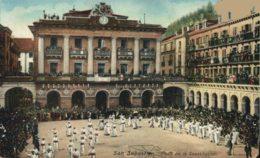 PLAZA CONSTITUCION FIESTA REGIONAL FETE - San Sebastian Guipuzcoa Gipuzkoa Pais Vasco Basque España Espagne Spain - Guipúzcoa (San Sebastián)