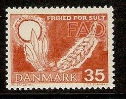 DENMARK 1963 Mi 438 A+b** Fight Against Starvation [L 988] - Against Starve