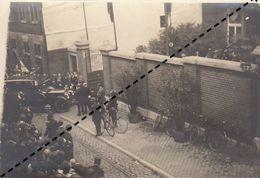 Photo Visite De La Reine Aux Invalides Belges Et Français Aux Comtes De Méan Liège Militaire - Krieg, Militär