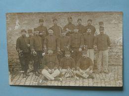 Militaria - BESANÇON - Carte-photo - Clique Militaire De 17 Trompettes - Personnages
