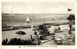 CPA - LE MOULLEAU - LE GRAND HOTEL - LA TERRASSE (ETAT PARFAIT) - France