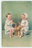 N°15450 - Bébés Sur Des Pots De Chambre Faisant De La Musique Avec Un Teckel Avec Eux - Babies