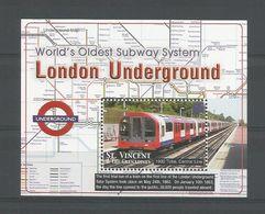 St Vincent 2004 London Underground S/S Y.T. BF 593 ** - Treinen