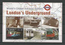 St Vincent 2004 London Underground Sheet Y.T. 4823G/M ** - Treinen