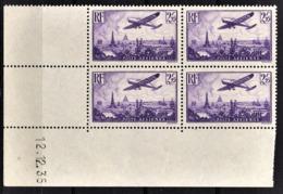 FRANCE  1934 / 1936 - BLOC DE 4 TP  Y.T. N° 10 / COIN DE FEUILLE / DATE - NEUFS** - Poste Aérienne