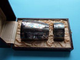 Bijoutier ELISABETHVILLE / CHRISTOFLE ( Gallia ) Beker + Ring / Tasse + Bague ( Box +/- 18 X 10,5 X 7,5 Cm. ) - Argenteria