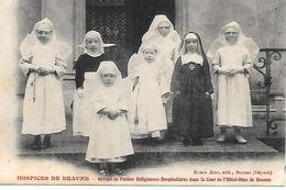 21    Beaune      Hospices De Beaune   Groupes De Petites Religieuses Hospitaliéres - Beaune