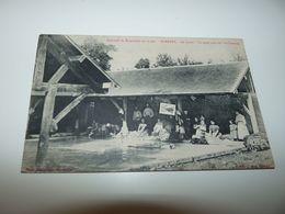 CALVADOS BARBERY ENVIRONS DE BRETTEVILLE SUR LAIZE LE LAVOIR UN PETIT COIN OU L'ON BAVARDE LE 18 MAI 1909 - France