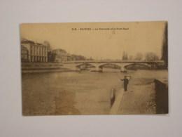 Saintes : La Charente Et Le Pont-Neuf - Saintes