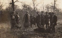 Carte Photo Battue Chasse à Grandhan Durbuy Décembre 1926 De Harenne Verlinden ... Sanglier Et Chèvre - Durbuy