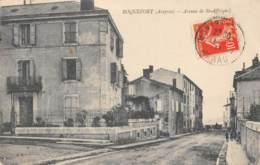 AVEYRON  12  ROQUEFORT   AVENUE DE SAINT AFFRIQUE - Roquefort