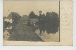 BELABRE - Belle Carte Photo Montrant Des Bâtiments Au Bord De L'eau , Postée à BELABRE En 1903 - France