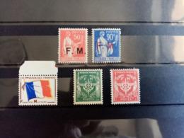FRANCE.1933 à 1958.N° 7 à 13 .5 Timbres NEUF++ . Côte Yvert 2019 : 26,25 € - Franquicia Militar (Sellos)