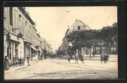 CPA Maisons-Laffitte, Rue De Paris, Vue De La Rue - Maisons-Laffitte