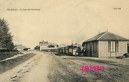Le Molay, La Gare Du Tramway, Reproduction, 2 Scans - Lieux
