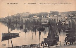 AUDIERNE  - L'  Heure Des Fumées  - Le Port Au Matin - Contre Jour - Audierne