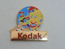 Pin's KODAK ASIE - Fotografía