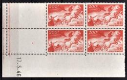 FRANCE  1936 / 1947 - BLOC DE 4 TP  Y.T. N° 19 COIN DE FEUILLE / DATE - NEUFS** - Poste Aérienne