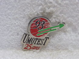 PINS MU48                                 21 - Pin's