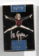 Pin's  Pin' Up, Sport  Gymnastique, La  Gym  TROPHÉE  MASSILA  1992  Verso  MARIE  POPIN'S - Ginnastica