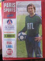JOURNAL OFFICIEL DE PARIS SAINT GERMAIN - NOV. 1982 - Couverture : BARATELLI - Poster : ARDILES - PARIS SPORTS MAGAZINE - Sport