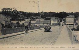 CPA. - FR. - Villeneuve-lès-Avignon - Pont D'Avignon - Le Pont De Pierre Et Les Côteaux - Animé - TBE - Villeneuve-lès-Avignon