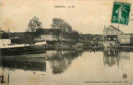 Verneuil * Le Bac * Au Rendez Vous De La Marine * Péniche LUTECE - Verneuil Sur Seine