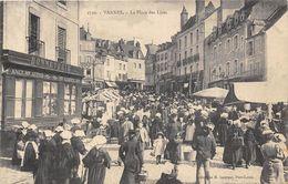 56-VANNES- LA PLACE DES LICES- (marché ) - Vannes