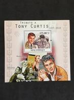 MOZAMBIQUE. TONY CURTIS. MONROE. LEMMON. MNH. E0302A - Actors