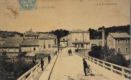 CPA. - FR. - Villeneuve-lès-Avignon - Le Pont De Bois - Animé - TBE - Villeneuve-lès-Avignon