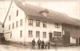Bauernhaus Mit Personengruppe * Poststempel Neftenbach 5. 3. 1919 - ZH Zurich