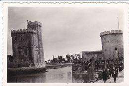 PHOTO ORIGINALE 39 / 45 WW2 WEHRMACHT FRANCE LA ROCHELLE VUE SUR L ENTRÉE DU VIEUX PORT - Guerre, Militaire