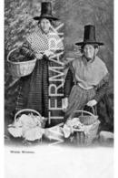 WELSH WOMEN OLD B/W POSTCARD WELSH COSTUME - Pays De Galles