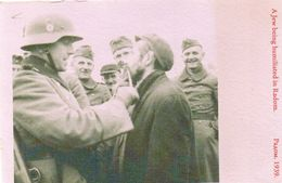 DC2590 - WW2 Militaria A Jew Being Humiliated In Radom German Soldiers Jews REPRO - Guerre 1939-45