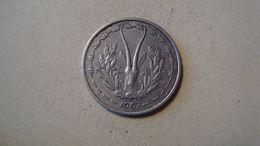 MONNAIE AFRIQUE DE L'OUEST 1 FRANC 1967 - Münzen