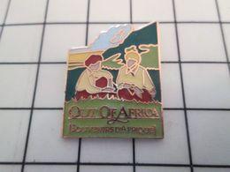 115d Pin's Pins / Rare Et De Belle Qualité !!! CINEMA / FILM OUT OF AFRICA SOUVENIRS D'AFRIQUE - Cinéma