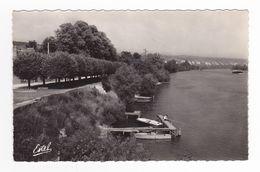 95 La Roche Guyon N°21422 Promenade Des Tilleuls Et La Seine Pêcheur à La Ligne Barques Péniche - La Roche Guyon