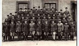 Militaria > Uniformes /    /  COL NUMERO  18?? LOT  4082 - Uniformes