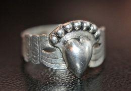 Belle Bague De Foi Vendéenne Ou Bretonne Ancienne En Argent 800 - Silver Claddagh Ring - Bagues