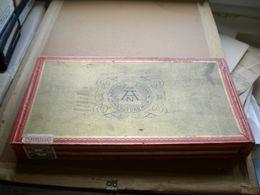 Old Wooden Box Neuhaus Zigarren Sind Gut Und Mild Montan Union Sumatra Sandblatt Auslese  Big Box - Schnupftabakdosen (leer)