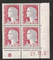 FRANCE 1960-1960 N° YT 1263  - Bloc De 4 -  Bord De Feuille - Coin Daté 29.11.61  - 3 Points - 1960 Maríanne De Decaris