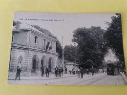 CPA- LA ROCHELLE -1202- BUREAU DE LA PLACE (Tramway Pub Picon) - La Rochelle