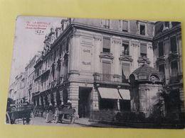 CPA- LA ROCHELLE -79-  FONTAINE MOLIERE ET RUE DU MINAGE - La Rochelle