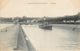 CPA 77 Seine Et Marne Champagne Sur Seine L'Ecluse Péniches - Champagne Sur Seine