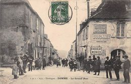 24 - N°111025 - Domme - La Grande Rue - Francia